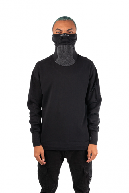 Black mask crewneck