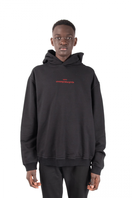 Hooded reverse noir