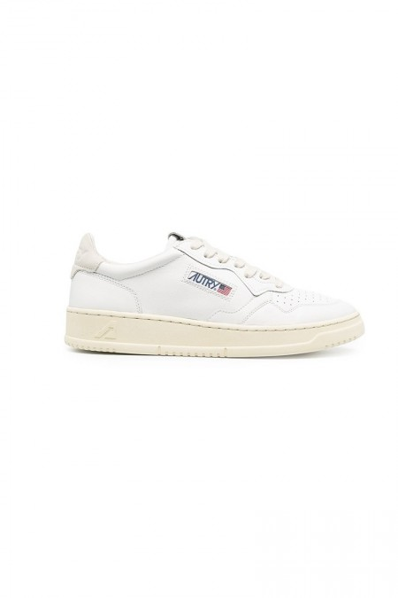 Low leather white