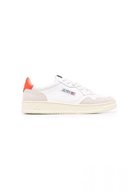 Low leather suede blanche...